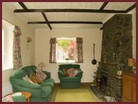 Barn Cottage - Living Room